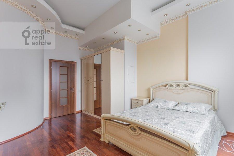 Спальня в 3-комнатной квартире по адресу Минская ул. 1г