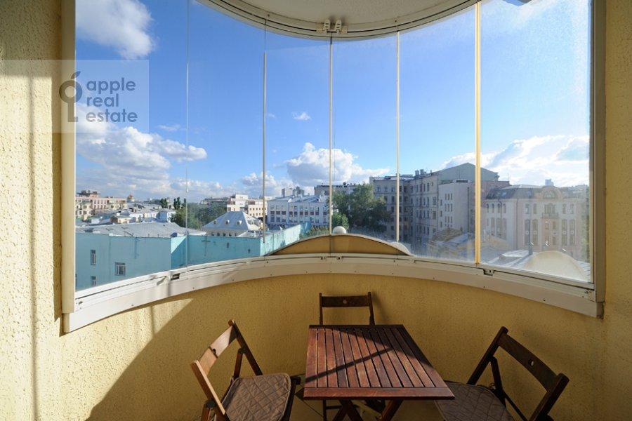 Балкон / Терраса / Лоджия в 4-комнатной квартире по адресу Тверской бульв. 16с5