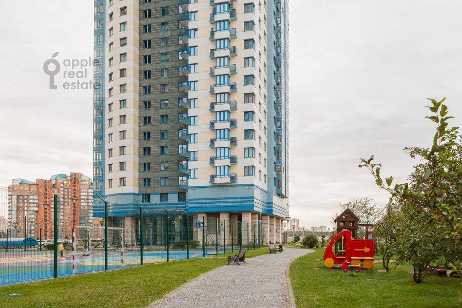 Фото дома 4-комнатной квартиры по адресу Мосфильмовская ул. 70к1