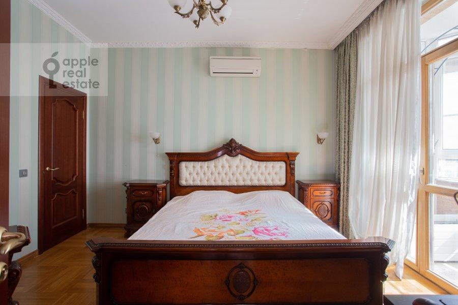 Bedroom of the 4-room apartment at Lomonosovskiy prospekt 25k1