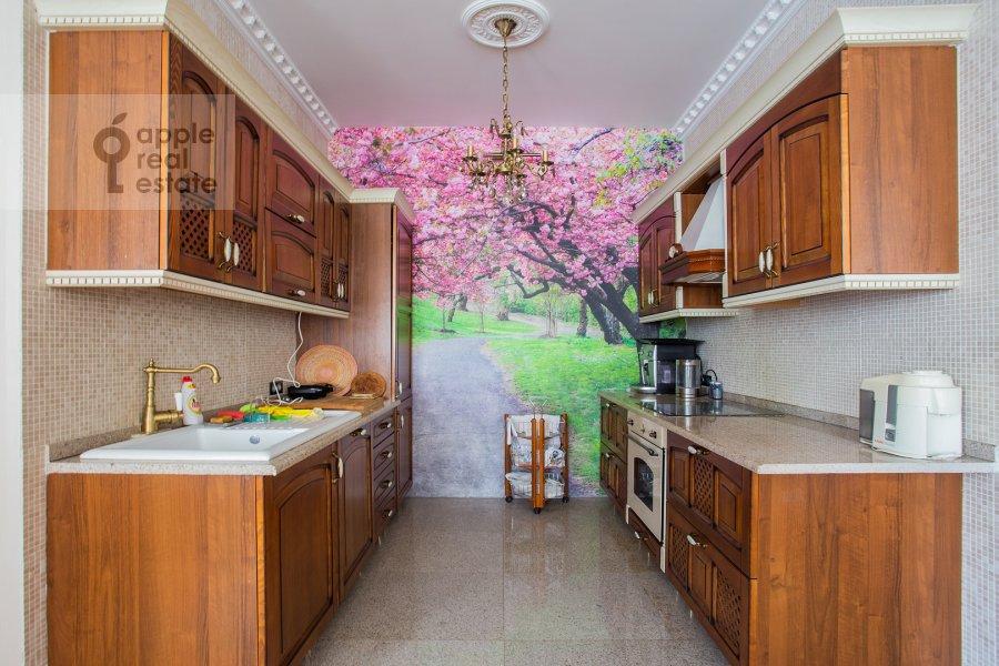 Kitchen of the 4-room apartment at Lomonosovskiy prospekt 25k1