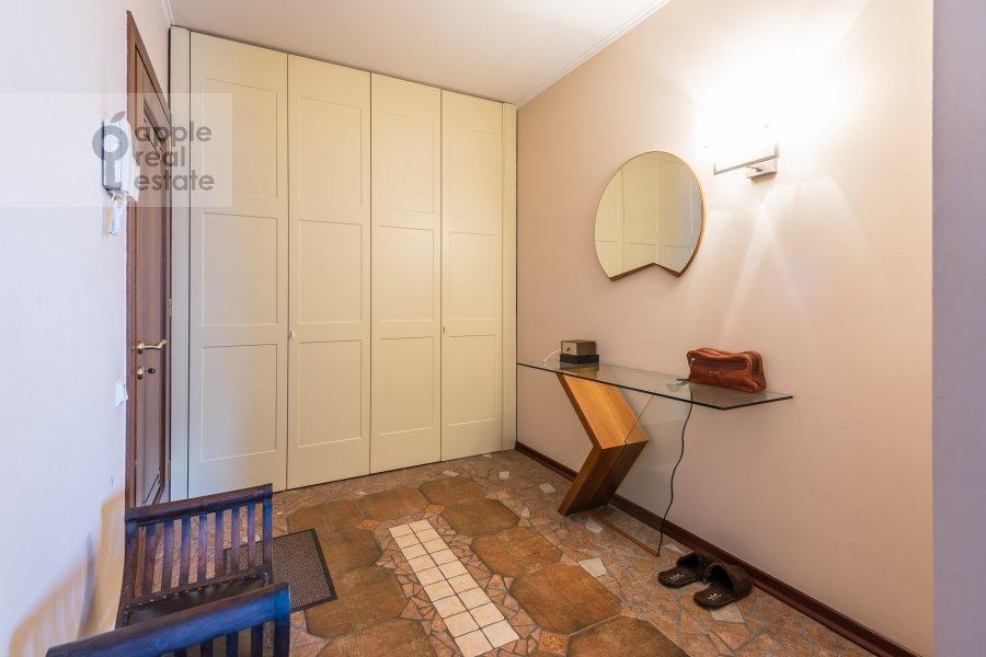 Corridor of the 1-room apartment at Studenetskiy per. 3