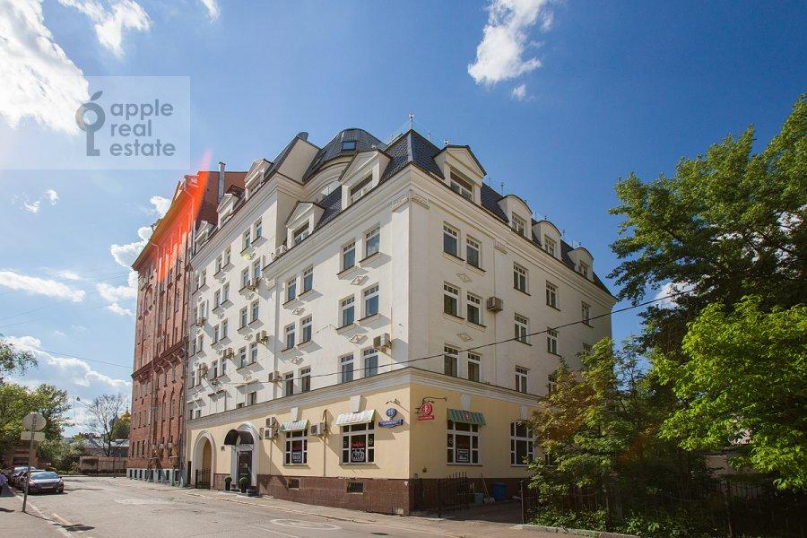 Фото дома 4-комнатной квартиры по адресу Голиковский пер. 15