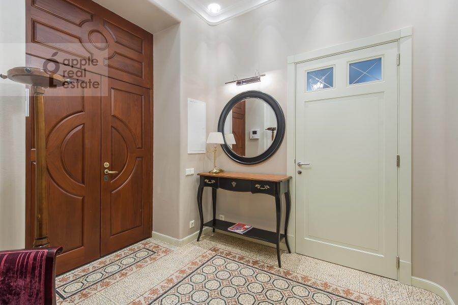 Corridor of the 4-room apartment at Sadovaya Bol'shaya ul. 10