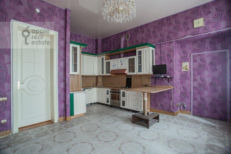 Kitchen of the 6-room apartment at Myasnitskaya ul. 24/7s1