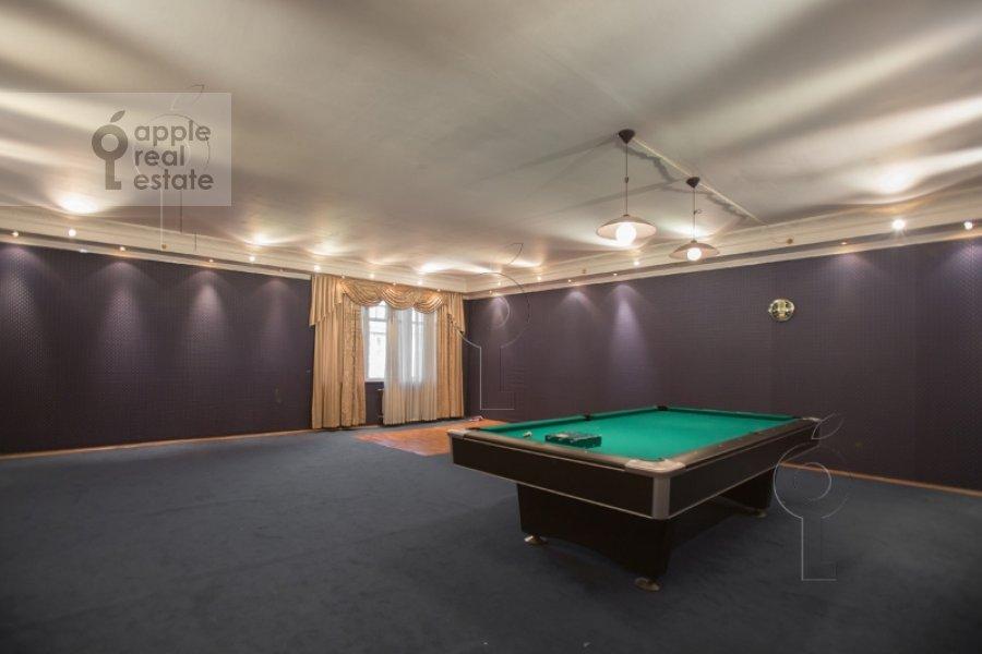 Children's room / Cabinet of the 4-room apartment at 1-y Smolenskiy pereulok 17