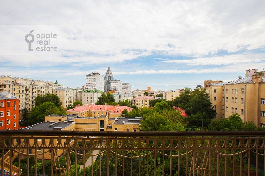 Balcony / Terrace / Loggia of the 5-room apartment at Tverskaya ul 28k2