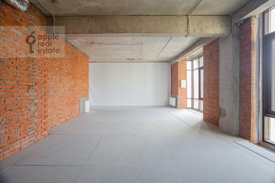 Bedroom of the studio apartment at Bol'shoy Afanas'evskiy pereulok 28