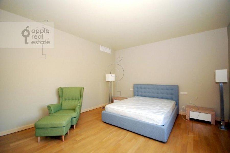 Спальня в 6-комнатной квартире по адресу Татарская Большая ул. 30с2