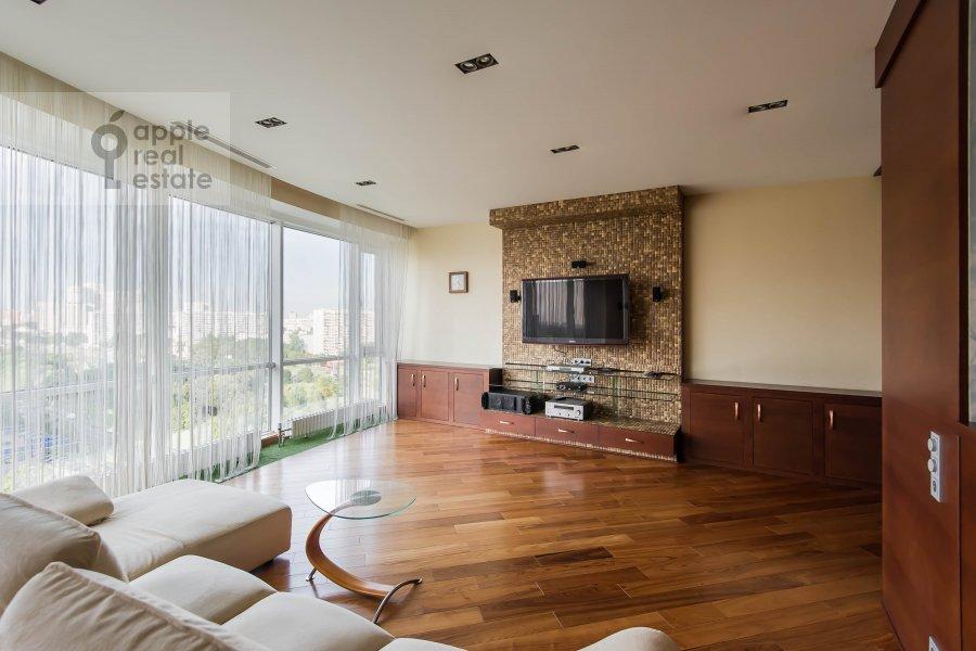Living room of the 5-room apartment at Vernadskogo pr-t, 94k1