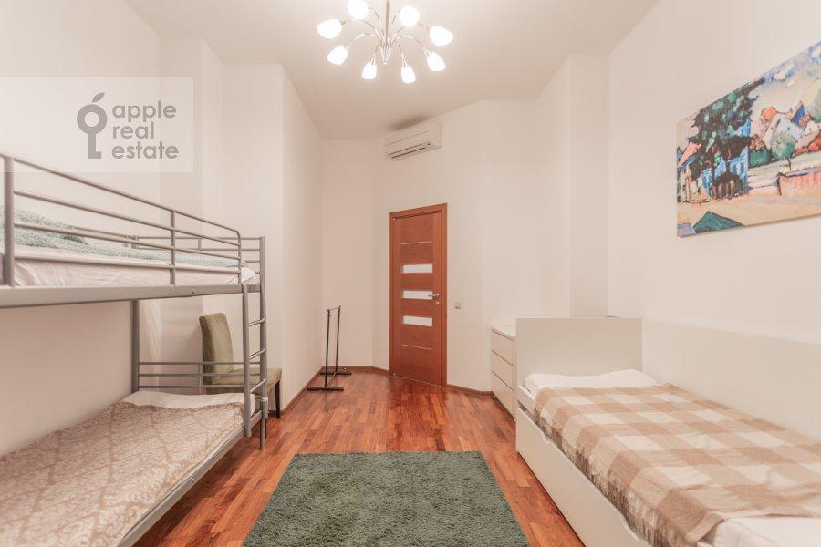 Children's room / Cabinet of the 5-room apartment at Varsonof'evskiy per. 6