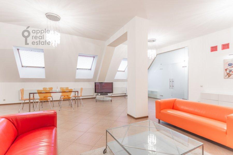 Гостиная в 5-комнатной квартире по адресу Варсонофьевский пер. 6