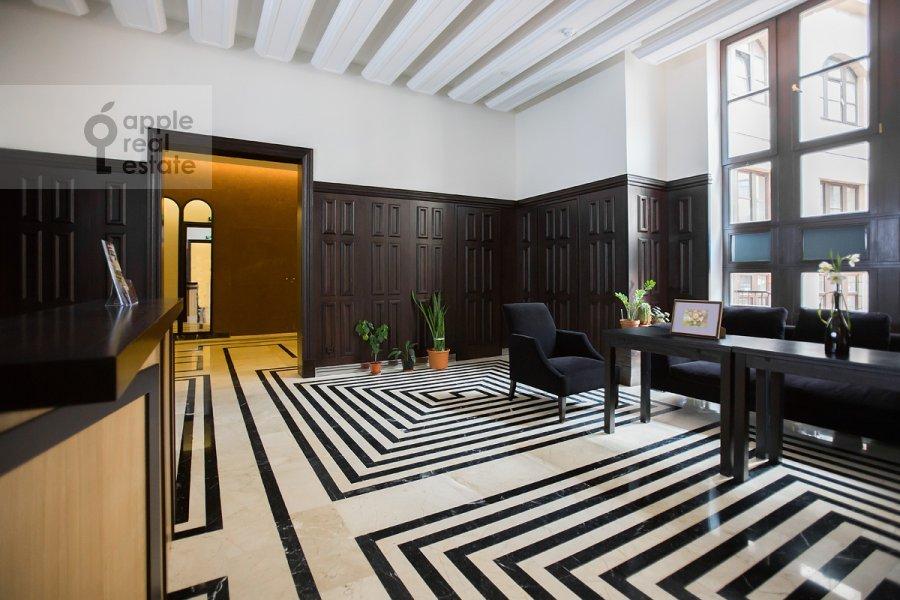 4-room apartment at Fadeeva ul. 4A