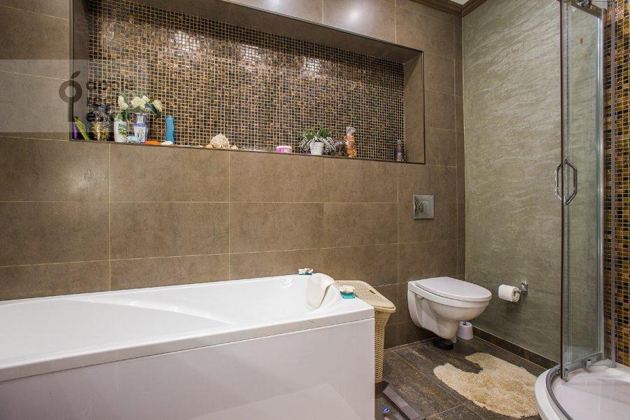 Bathroom of the 4-room apartment at Fadeeva ul. 4A