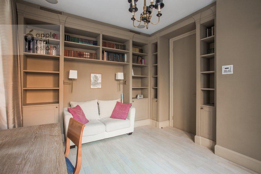 Children's room / Cabinet of the 5-room apartment at Filippovskiy per. 8