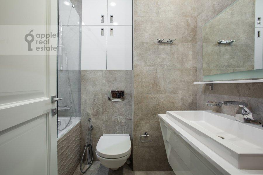 5-room apartment at Bol'shoy Patriarshiy pereulok 8s1