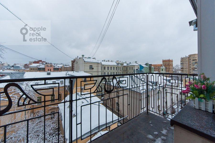 Балкон / Терраса / Лоджия в 4-комнатной квартире по адресу Покровка 42с6