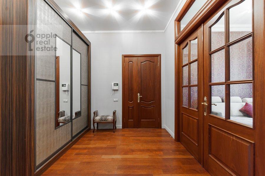 Коридор в 4-комнатной квартире по адресу Покровка 42с6
