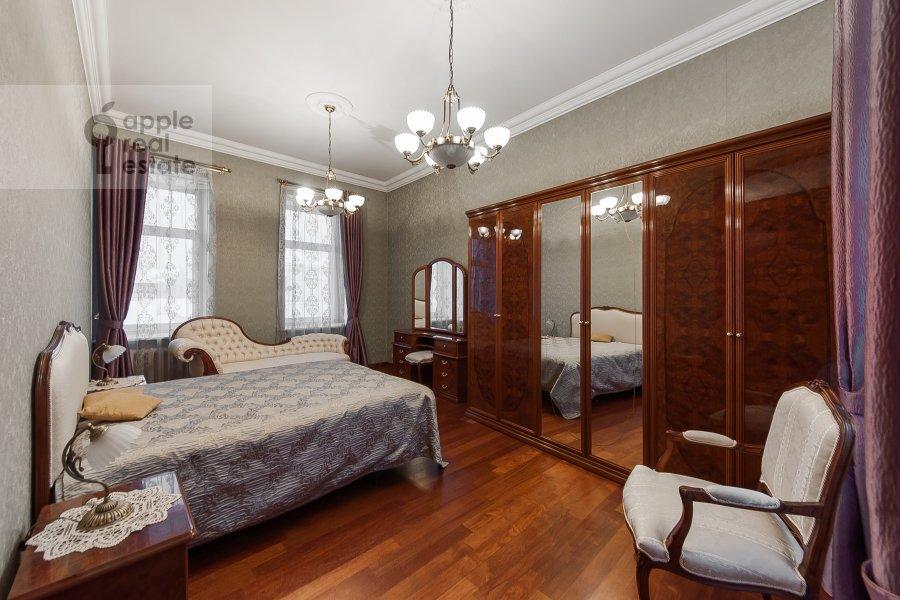 Спальня в 4-комнатной квартире по адресу Покровка 42с6
