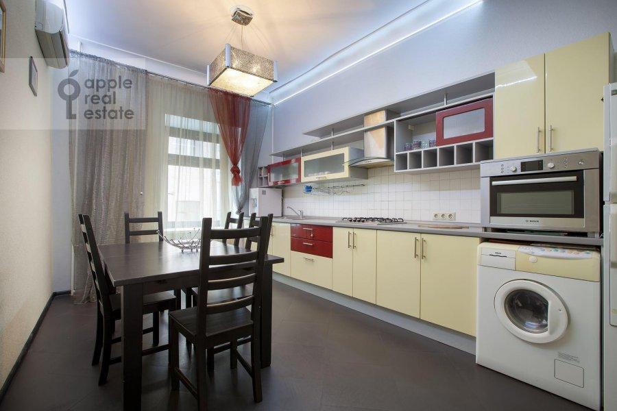 Кухня в 5-комнатной квартире по адресу Страстной бульв. 4с3