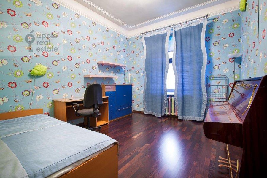 Детская комната / Кабинет в 5-комнатной квартире по адресу Страстной бульв. 4с3