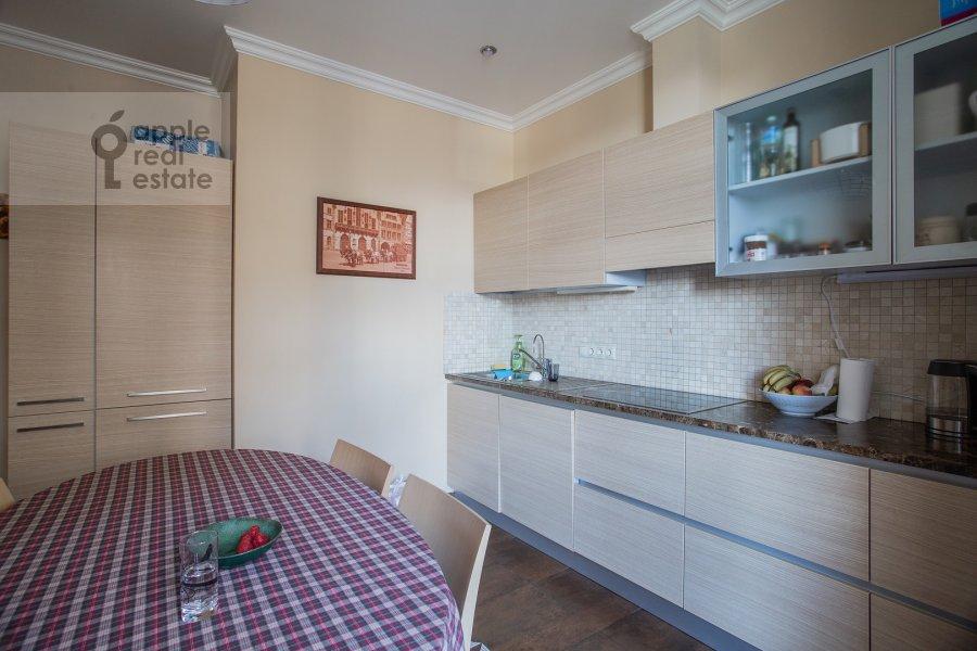 Кухня в 3-комнатной квартире по адресу Мичуринский пр-т. 3