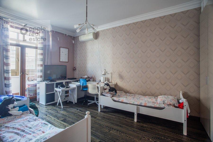 Детская комната / Кабинет в 3-комнатной квартире по адресу Мичуринский пр-т. 3