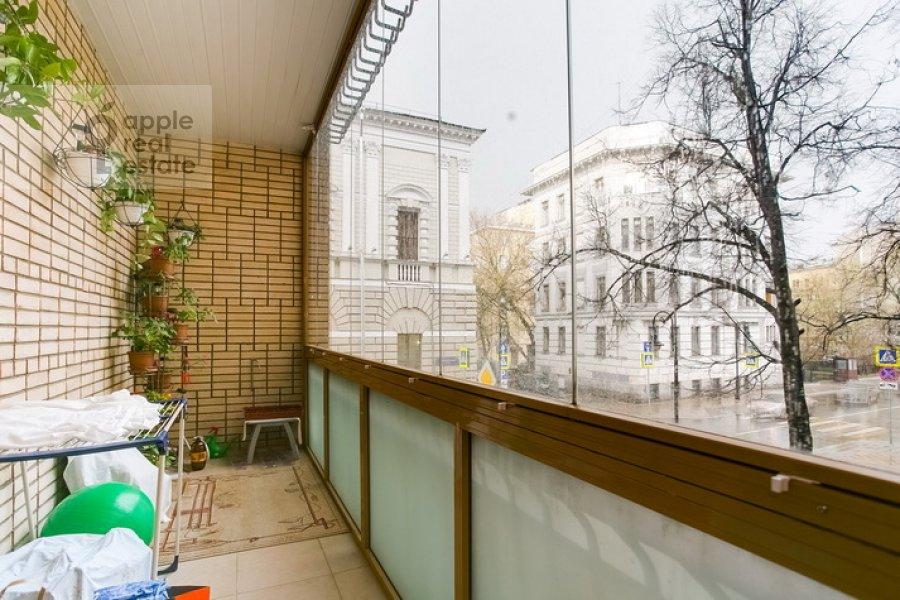 Balcony / Terrace / Loggia of the 3-room apartment at Spiridonovka 19