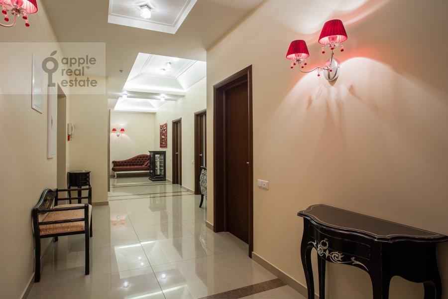 Коридор в 3-комнатной квартире по адресу Казачий 2-й пер. 4 с 1