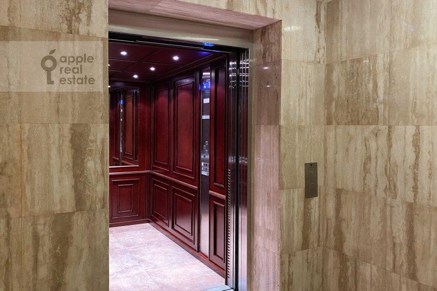 Фото дома 3-комнатной квартиры по адресу Казачий 2-й пер. 4 с 1
