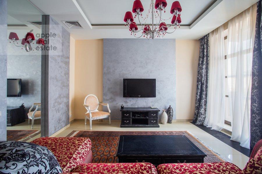 Гостиная в 3-комнатной квартире по адресу Казачий 2-й пер. 4 с 1