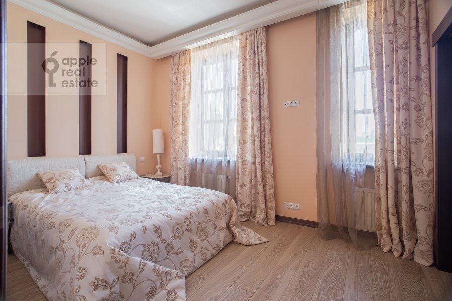Спальня в 3-комнатной квартире по адресу Казачий 2-й пер. 4 с 1