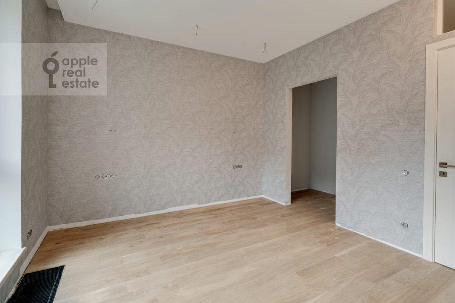 Bedroom of the 4-room apartment at Malaya Pirogovskaya ulitsa, 8 8