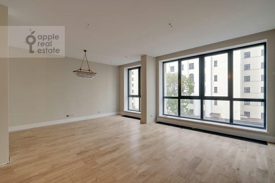 Living room of the 4-room apartment at Malaya Pirogovskaya ulitsa, 8 8