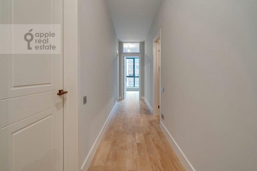 Corridor of the 4-room apartment at Malaya Pirogovskaya ulitsa, 8 8