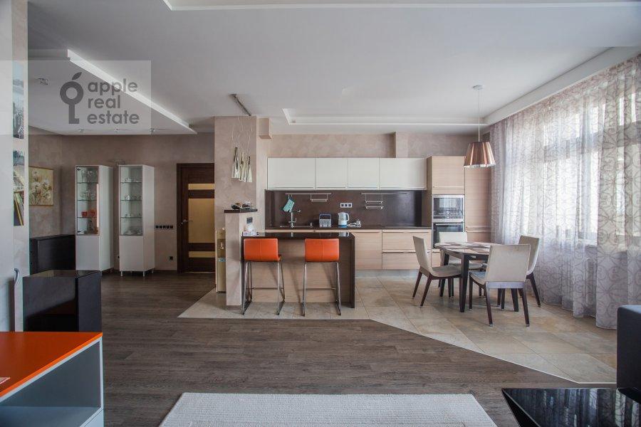 Kitchen of the 3-room apartment at Pogorel'skiy per. 6