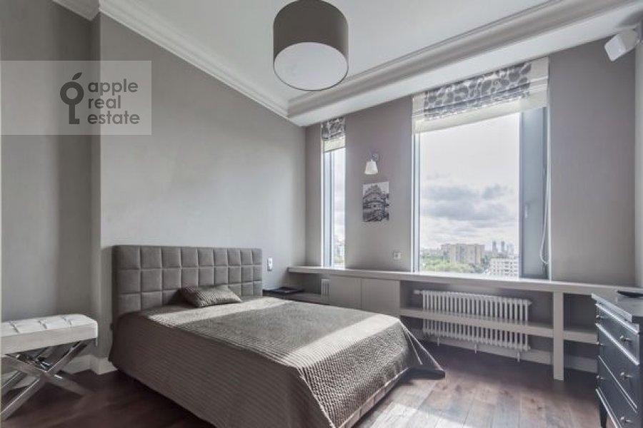 5-комнатная квартира по адресу Мосфильмовская улица 8