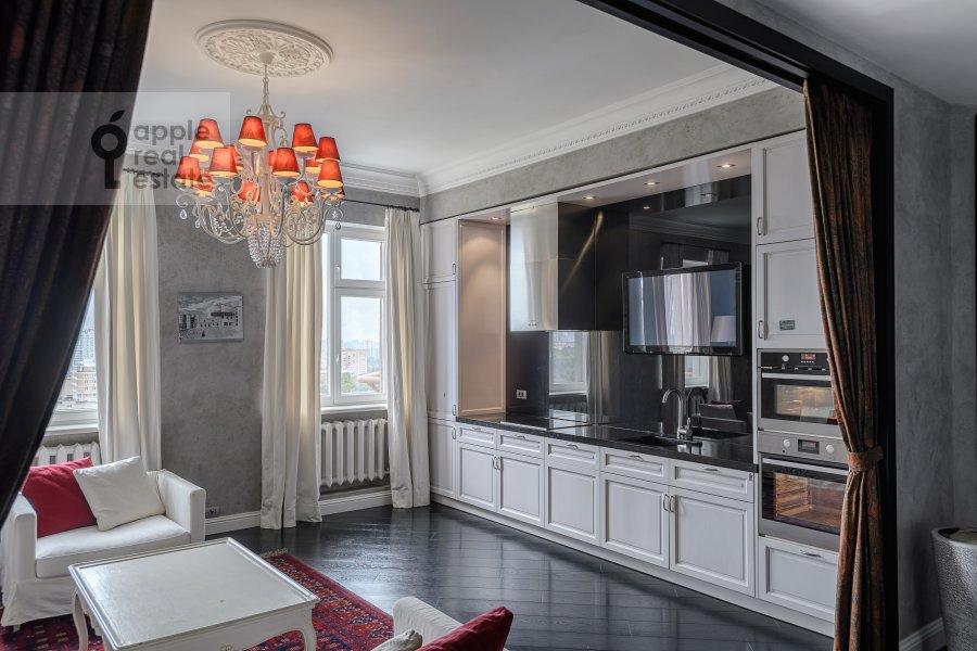 Кухня в 5-комнатной квартире по адресу Мичуринский пр-т. 6к2
