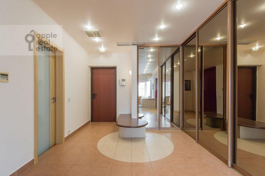 Коридор в 4-комнатной квартире по адресу Ленинский проспект 128