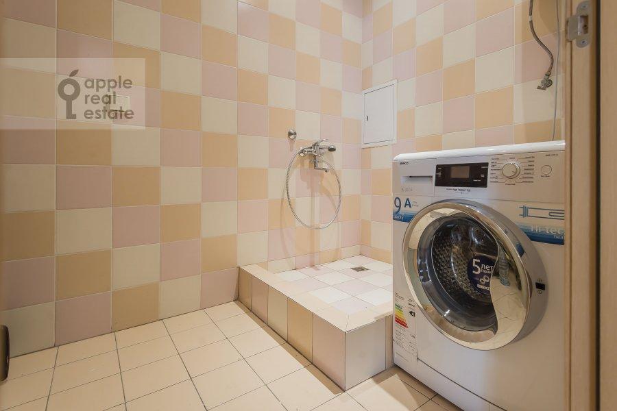 Гардеробная комната / Постирочная комната / Кладовая комната в 4-комнатной квартире по адресу Ленинский проспект 128