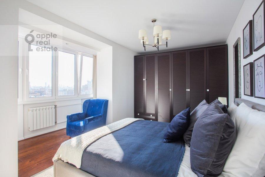 Гостиная в 2-комнатной квартире по адресу Большая Грузинская улица 16