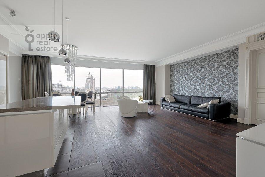 Living room of the 4-room apartment at Nezhinskaya ul. 1k1
