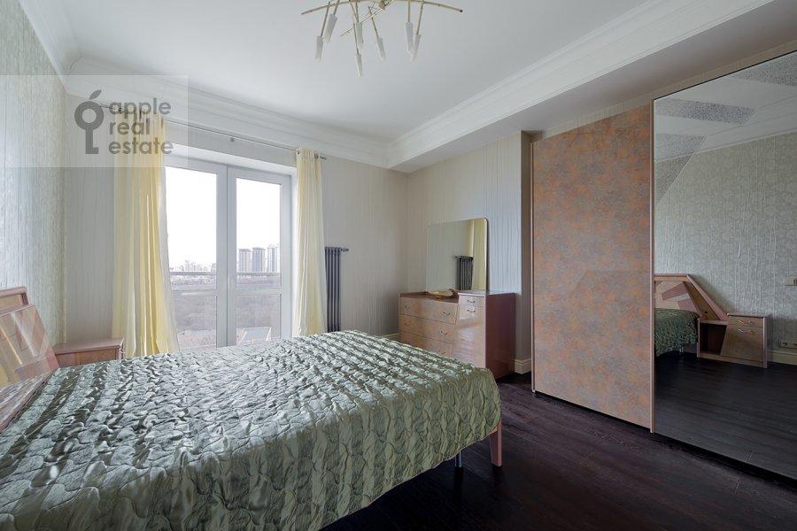 Bedroom of the 4-room apartment at Nezhinskaya ul. 1k1