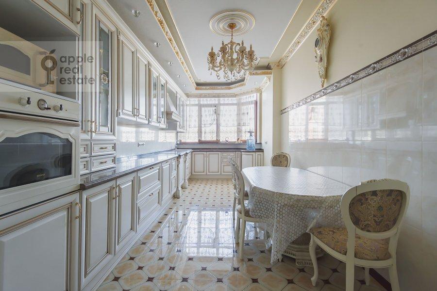 Kitchen of the 4-room apartment at Michurinskiy prospekt 6k2