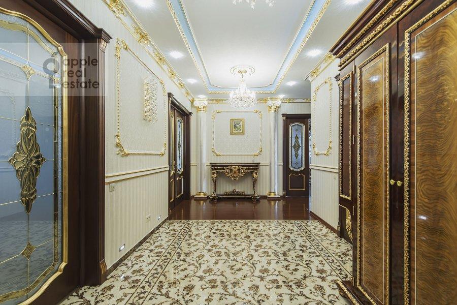 Коридор в 4-комнатной квартире по адресу Мичуринский проспект 6к2
