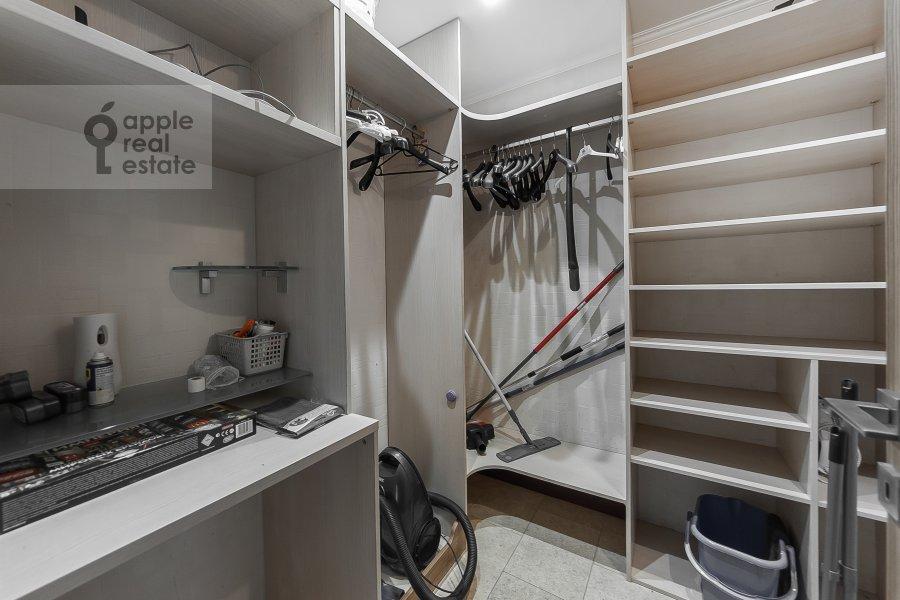 Walk-in closet / Laundry room / Storage room of the 3-room apartment at Khoroshevskoe shosse 16k2