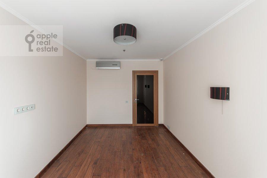 Children's room / Cabinet of the 3-room apartment at Khoroshevskoe shosse 16k2