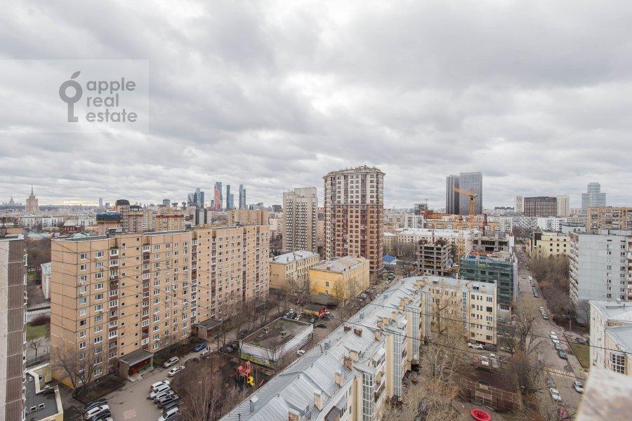 Photo of the house of the 1-room apartment at Gruzinskaya Bol'shaya ul. 37s2