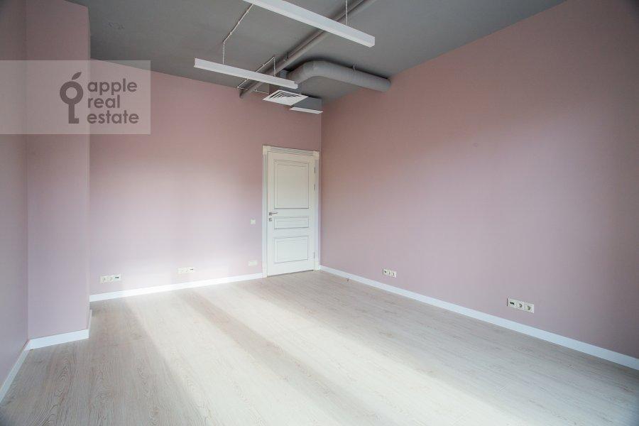 Bedroom of the 3-room apartment at Bol'shaya Sadovaya 5k1