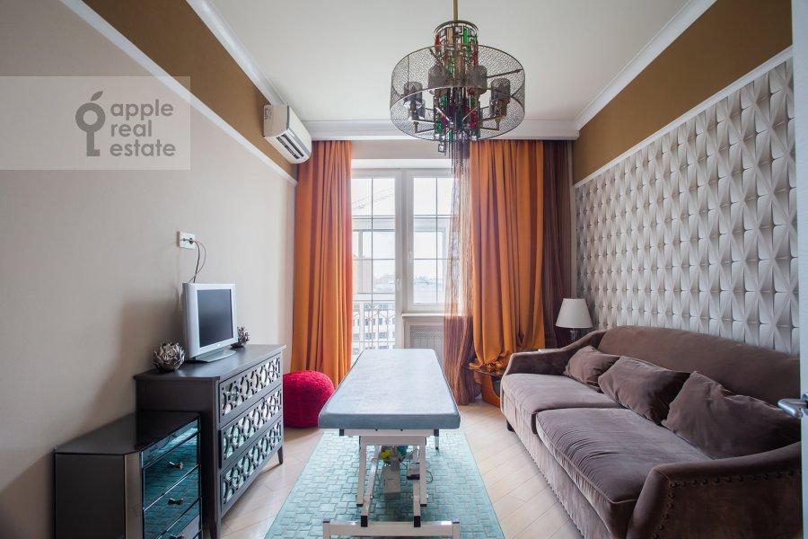 Living room of the 2-room apartment at Smolenskiy bul'var 1/2